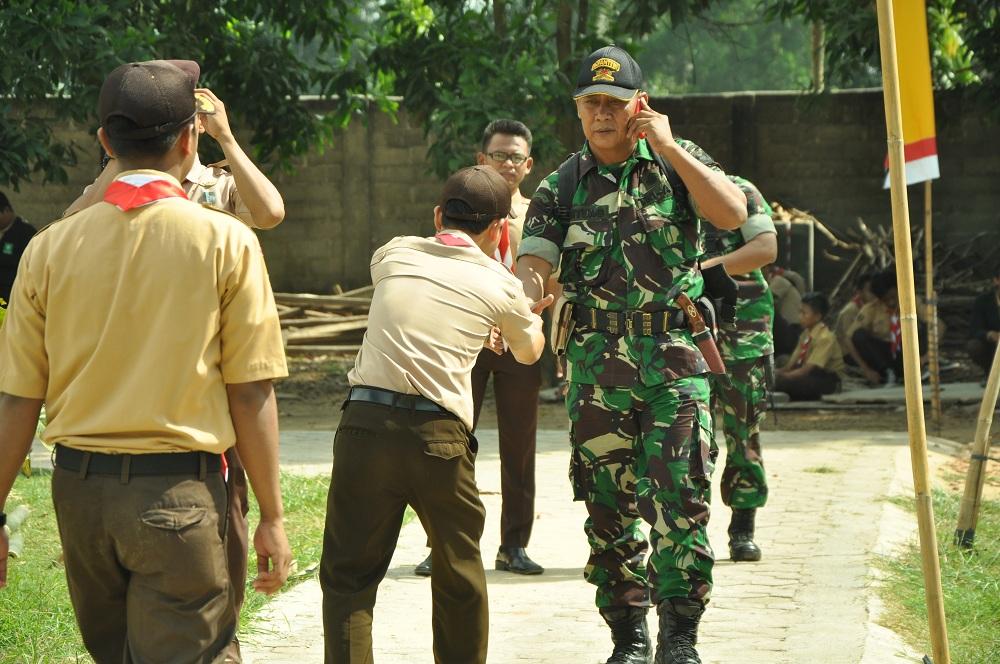 Kunjungan TNI